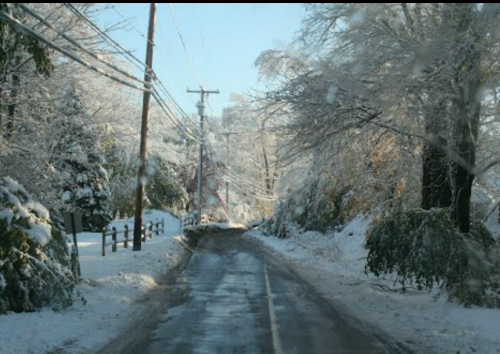 Newtown Connecticut road