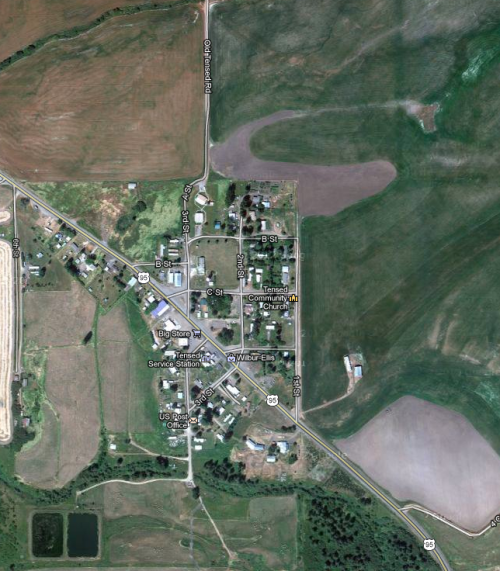 satellite photo of typical small town in northern Idaho
