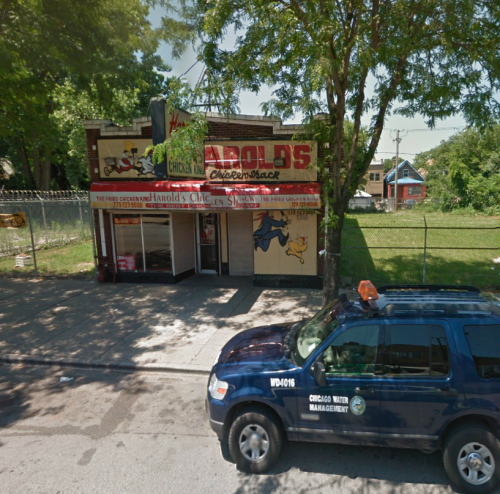 Harold's Fried Chicken store in Englewood, Chicago