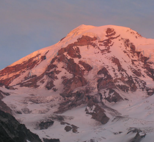 small earthquakes April 23 Mt Rainier